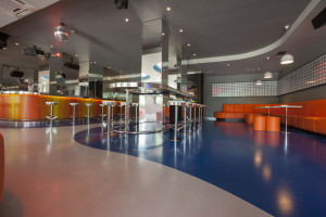 epoxy flooring installation for new restaurant